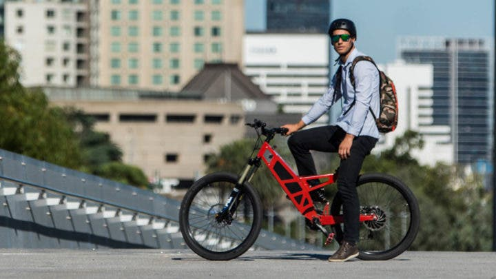 Cómo viajar cómodo con tu bicicleta eléctrica