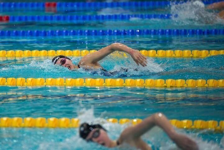 Encontrar el ritmo perfecto de brazada en natación