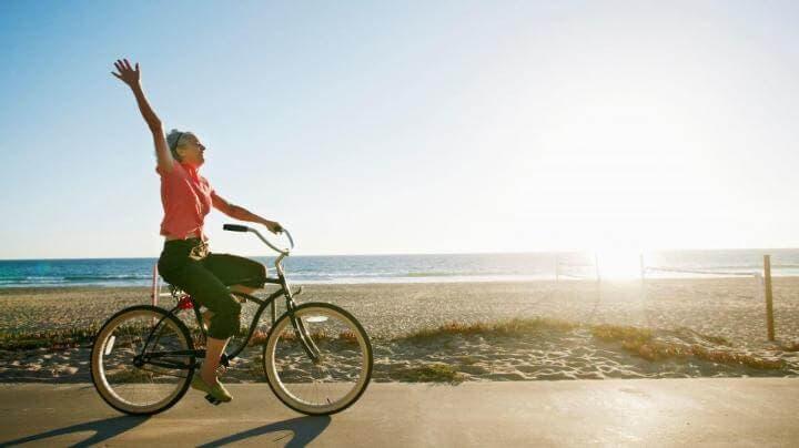 ¿Practicar ciclismo ayuda a mejorar el sueño?