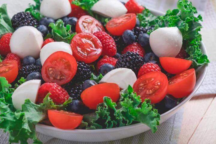 Receta de ensaladas de baya y tomates Cherry