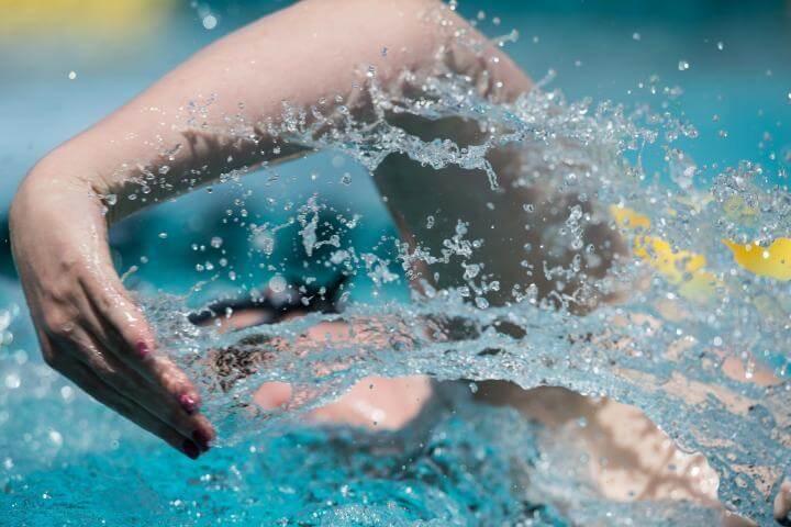 Cómo perfeccionar tu salida en natación