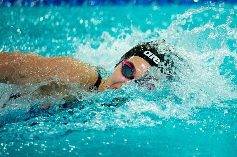 Cómo encontrar el ritmo de brazada perfecto en natación
