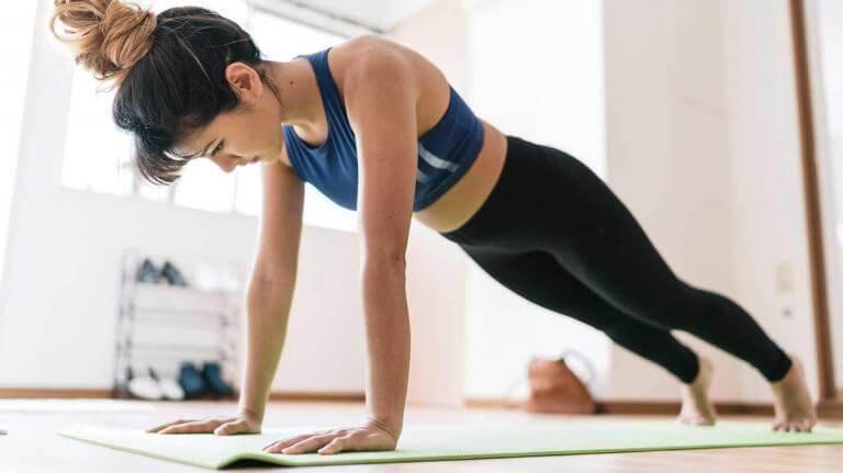 Las mejores variantes de planks para principiantes