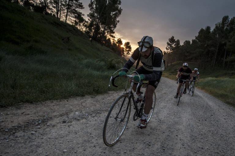 5 consejos que necesitas saber antes de una carrera ciclista sobre grava
