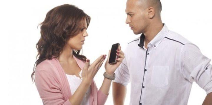 ¿Cómo mantener una conversación telefónica agradable?