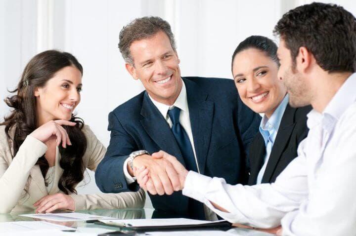 Cómo asumir un liderazgo positivo en el trabajo