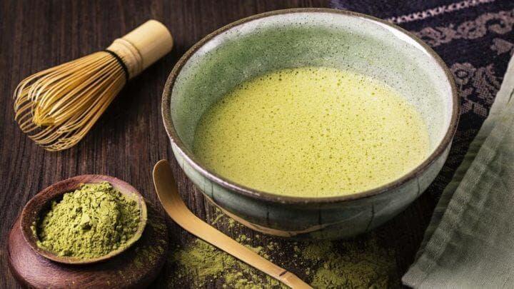¿Cuánto té verde se sugiere tomar?