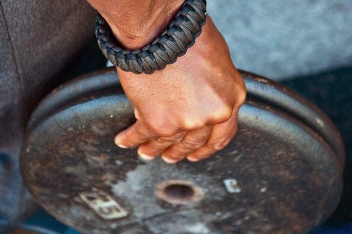 Ejercicios con discos para mejorar el agarre