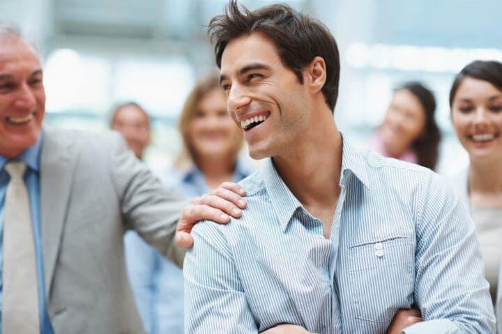 Qué personas pueden ayudarte a alcanzar tus objetivos laborales