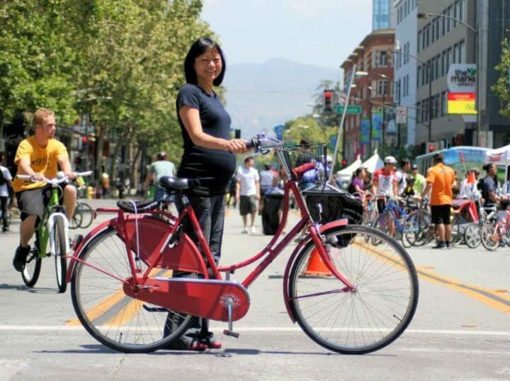 ¿Puedes montar en bicicleta durante el embarazo?