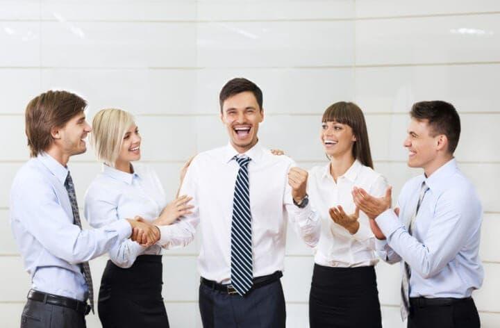 Cómo fortalecer la confianza de los empleados con su jefe