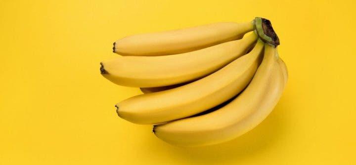 La banana es una fruta con carbohidratos saludables
