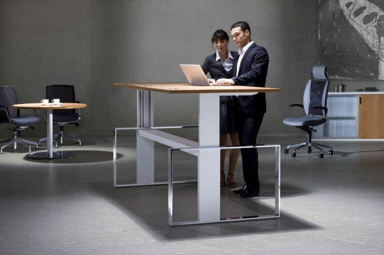 El mueble que hará que te pongas en forma en la oficina
