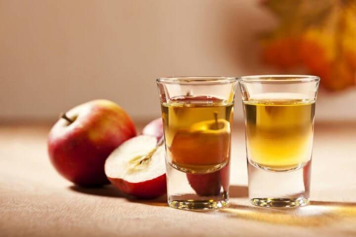 ¿Cómo consumir el vinagre de sidra de manzana?