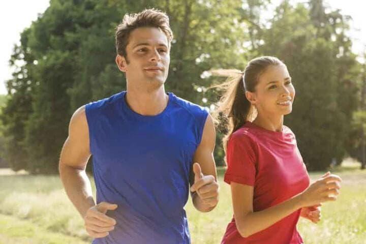 Cómo aprovechar el entrenamiento de running con corredores más lentos