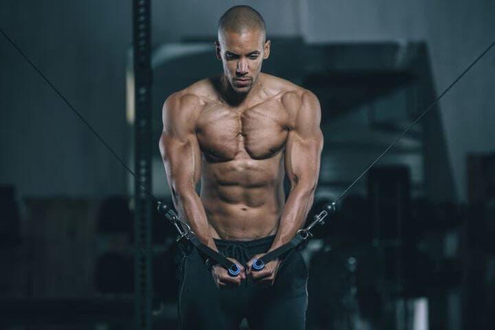 Cómo entrenar los músculos del pecho