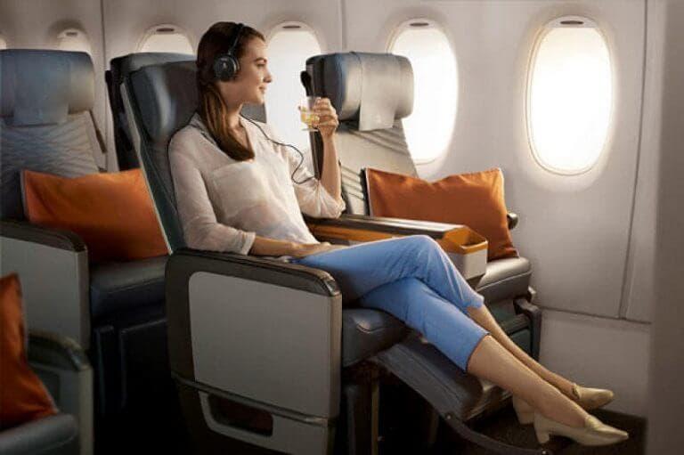 Diferencias asiento de avión primera clase y turista