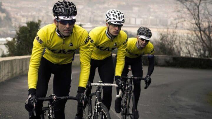 Elegir atuendo correcto para practicar ciclismo