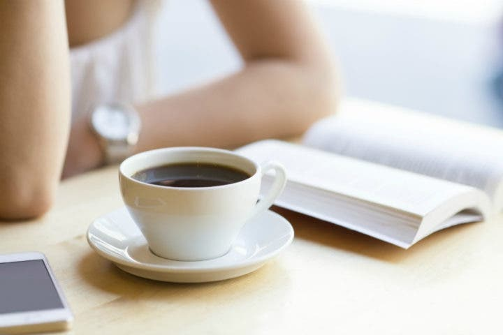 Evitar tomar café para no tener insomnio