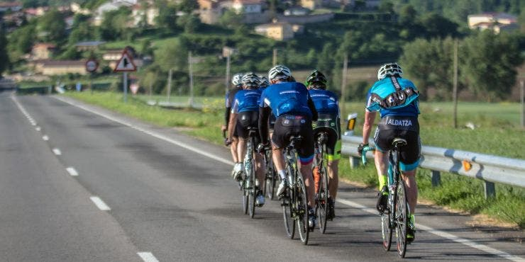 5 reglas para el ciclismo en grupo