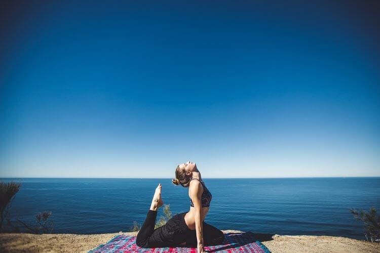 Cómo calmar la ansiedad gracias al yoga