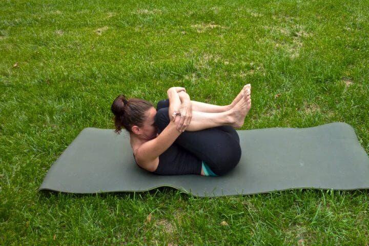 Posiciones de yoga para calmar la ansiedad