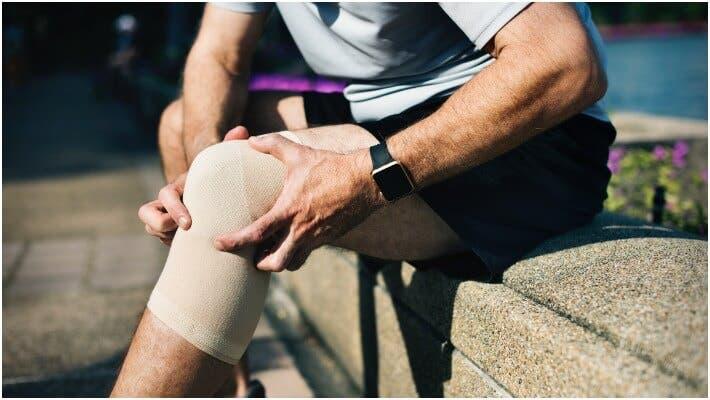 ¿Qué es mejor para tratar lesiones deportivas?