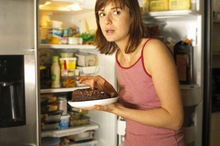 3 razones para comer más carbohidratos y calorías por la noche