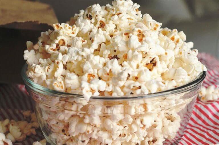El revolucionario snack con palomitas bajo en carbohidratos