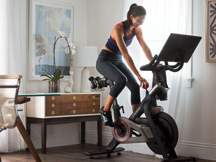 ¿Cómo funciona la bicicleta peloton?