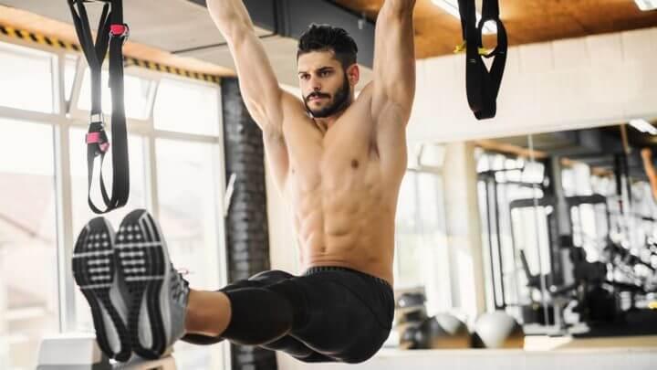 Ejercicios de abdomen para hacer en posición vertical