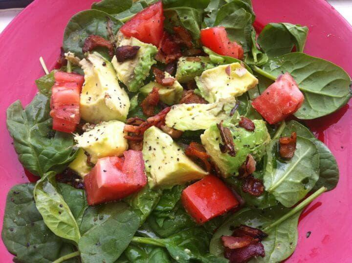 Beneficios de comer ensaladas para desayunar