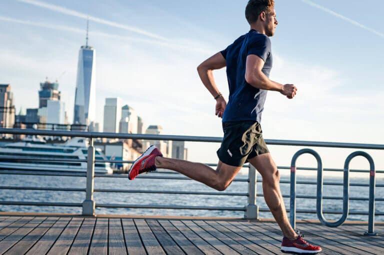 5 cosas que no debes hacer el día de una carrera de running