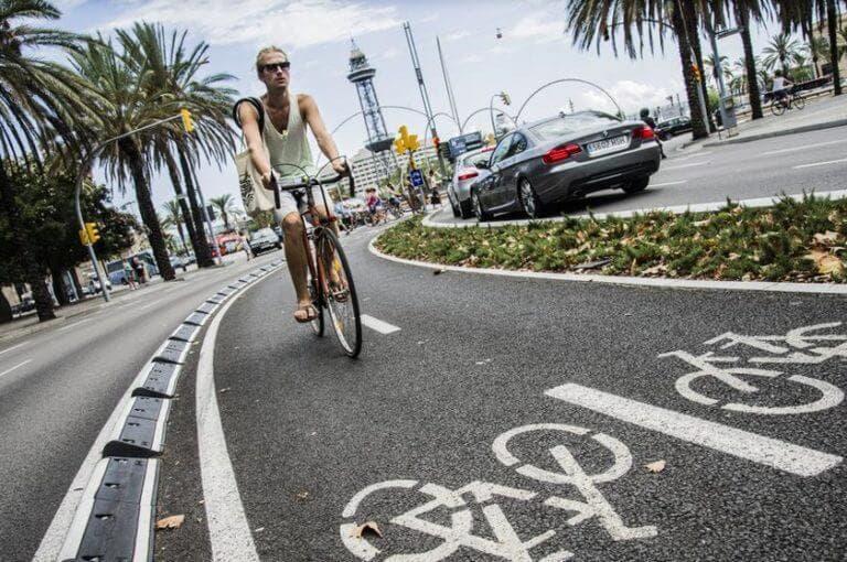 7 reglas para circular con seguridad por el carril bici