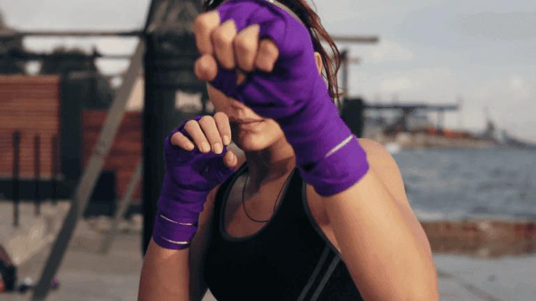 ¿Cómo vendarse las manos correctamente para boxear?