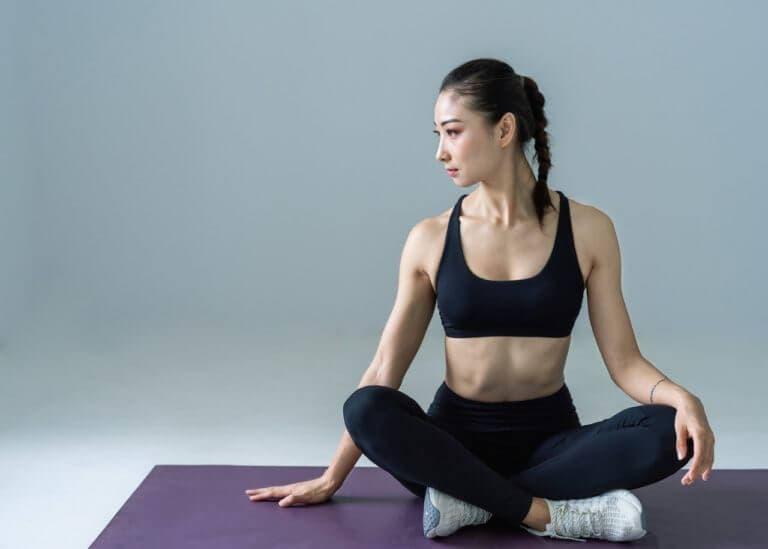 4 poses de yoga para tonificar tus glúteos