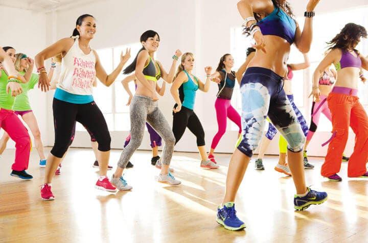 Las clases de baile facilitan las relaciones sociales