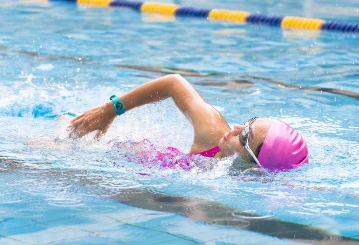 Equipo de natación básico para empezar a nadar