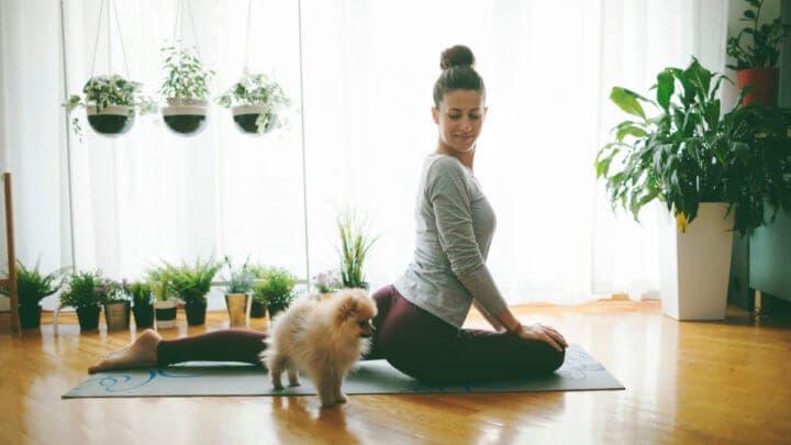 Cómo practicar Bikram Yoga en casa
