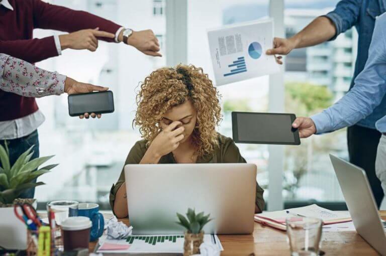 4 cambios que puedes intentar hacer en tu trabajo para evitar el burnout