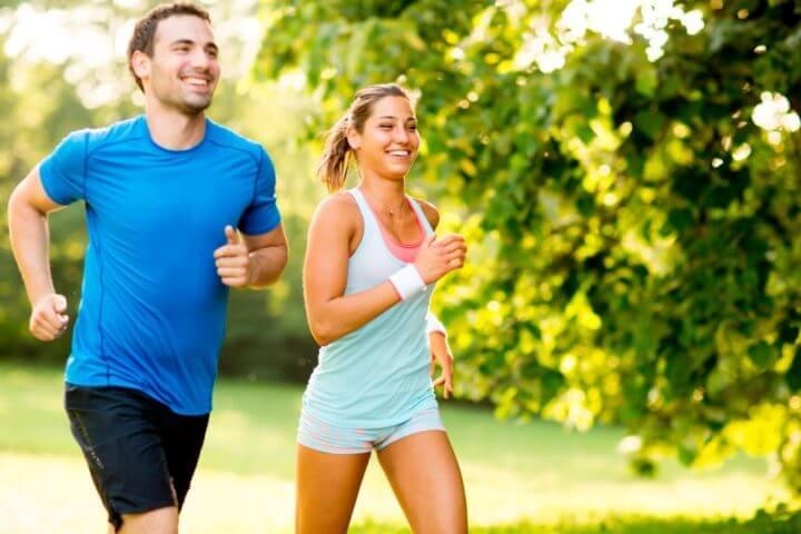 Qué tipo de ropa usar en una media maratón