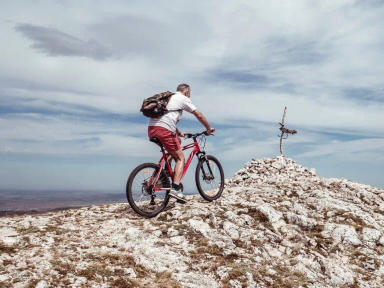 Cómo preparar tu cuerpo para practicar ciclismo en altitud