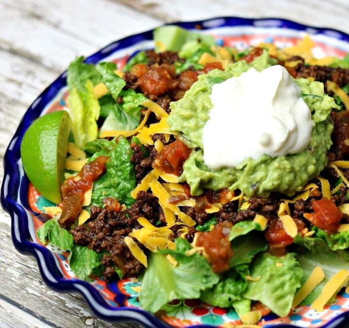 Ensalada cetogénica de tacos