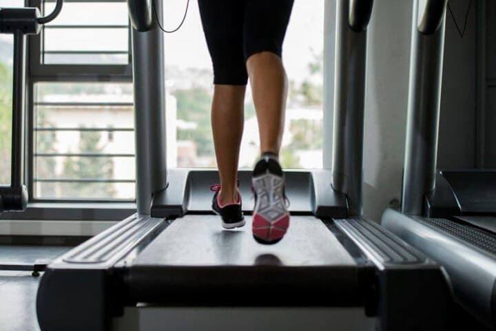 ¿Cuánto dura un entrenamiento HIIT en la cinta?