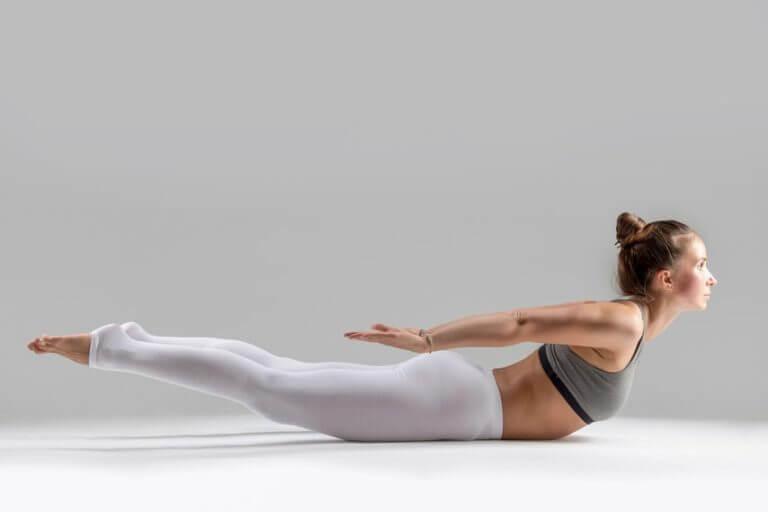 5 ejercicios que te ayudarán a estar más recto