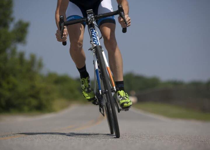 Cómo ganar músculo sin sacrificar tus entrenamientos de ciclismo