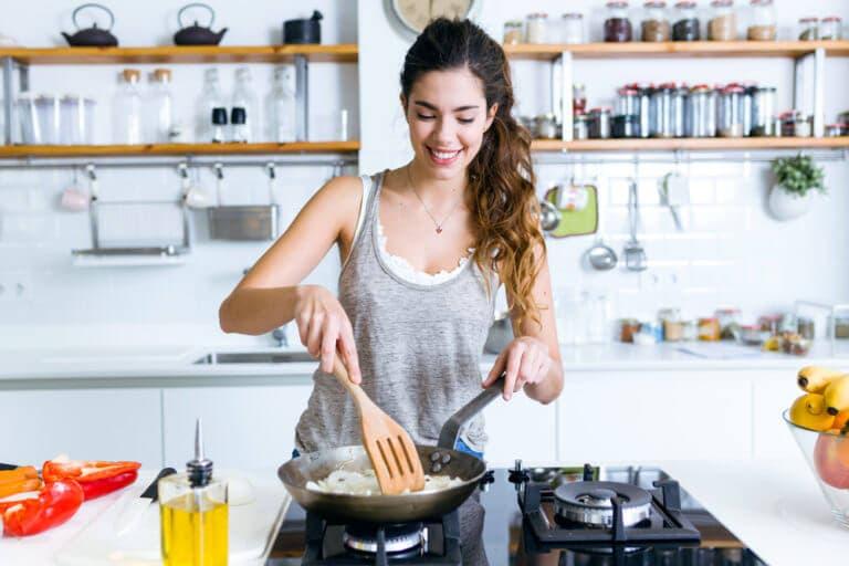 ¿De qué forma afecta la cocción a los alimentos?