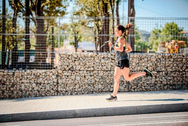 Cómo mejorar tu ritmo con una carrera lenta