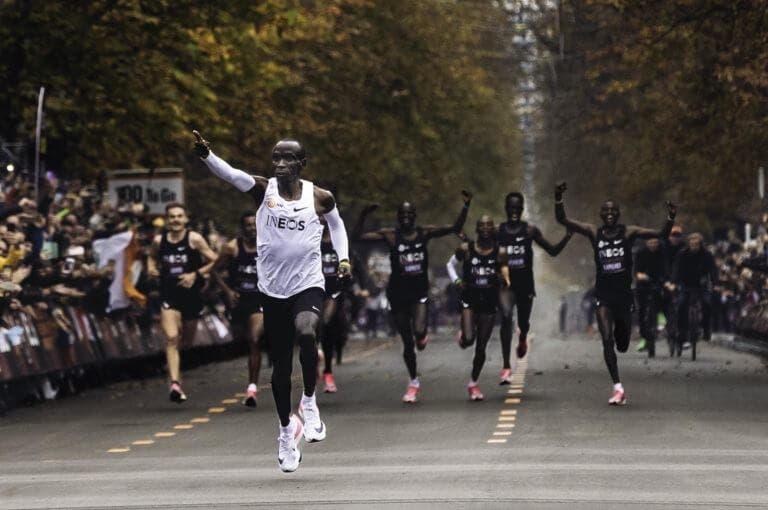 ¿cuál es el tiempo medio para completar una maratón?