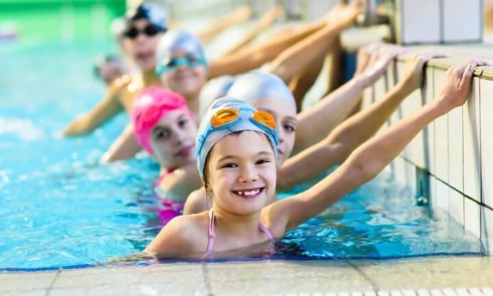 La natación fomenta la autoconfianza en niños